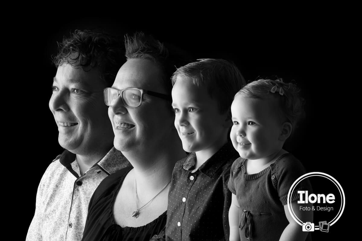 Familie Hoogenboom schuin zw